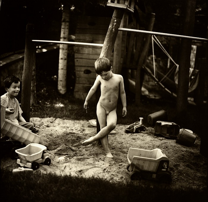 Фильмы С Маленькими Голыми Мальчиками